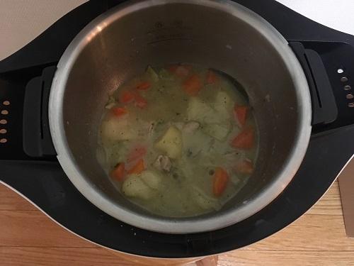 ホットクックで調理する前のシチュー(2)