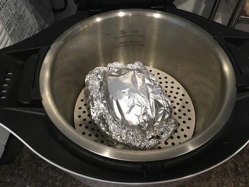 ホットクックで調理する前の豚味噌ホイル蒸し