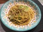 皿に盛られたシーフードスパゲッティ