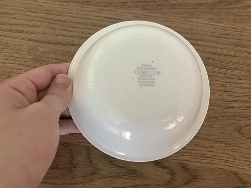 コレールのお皿の裏側
