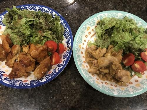 左右に並べられた、フライパンで調理されたチキン南蛮と、ホットクックで調理されたチキン南蛮